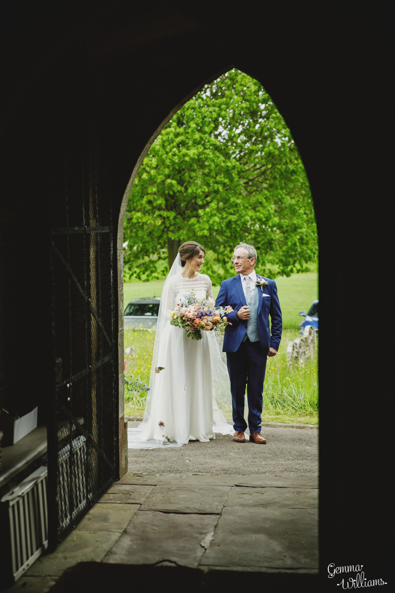 HaybarnWedding_GemmaWilliamsPhoto042.jpg
