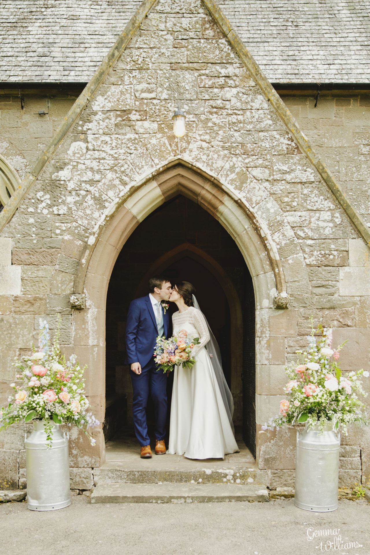 HaybarnWedding_GemmaWilliamsPhoto062.jpg