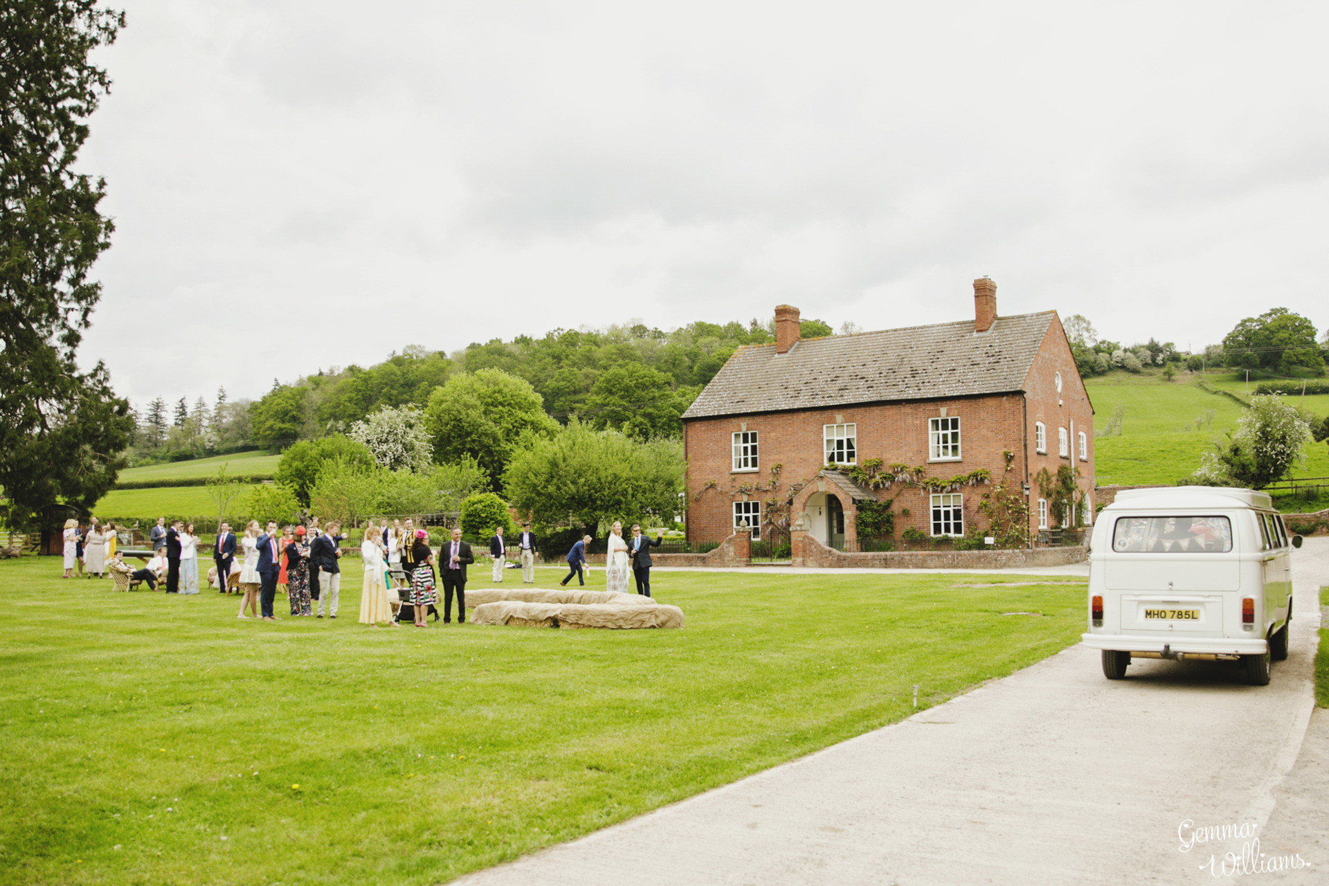 HaybarnWedding_GemmaWilliamsPhoto081.jpg