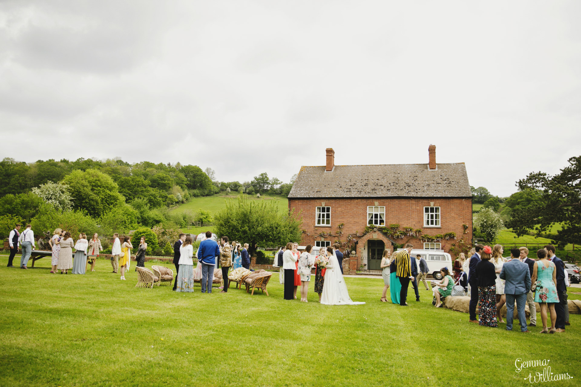 HaybarnWedding_GemmaWilliamsPhoto084.jpg