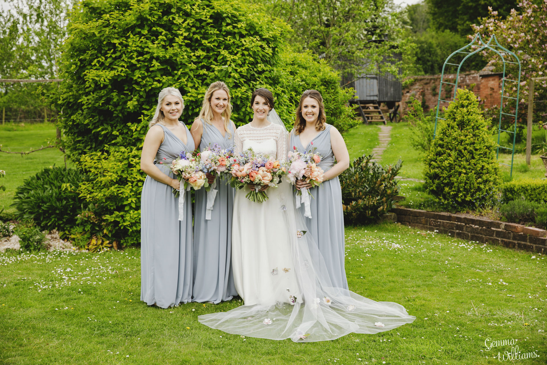 HaybarnWedding_GemmaWilliamsPhoto101.jpg