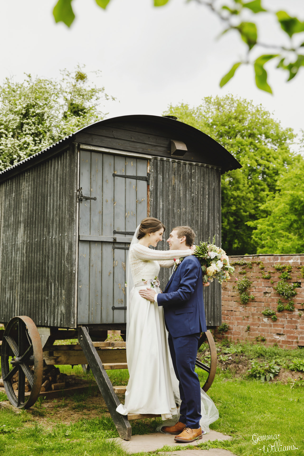 HaybarnWedding_GemmaWilliamsPhoto106.jpg