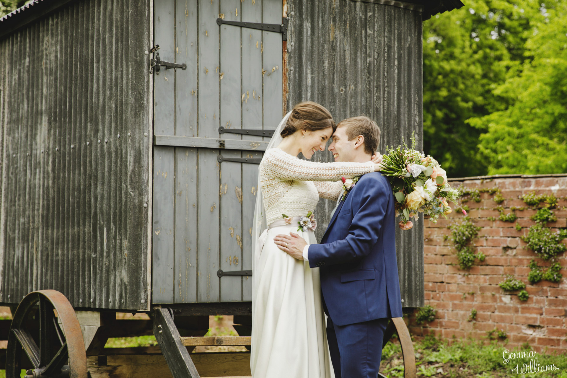 HaybarnWedding_GemmaWilliamsPhoto107.jpg