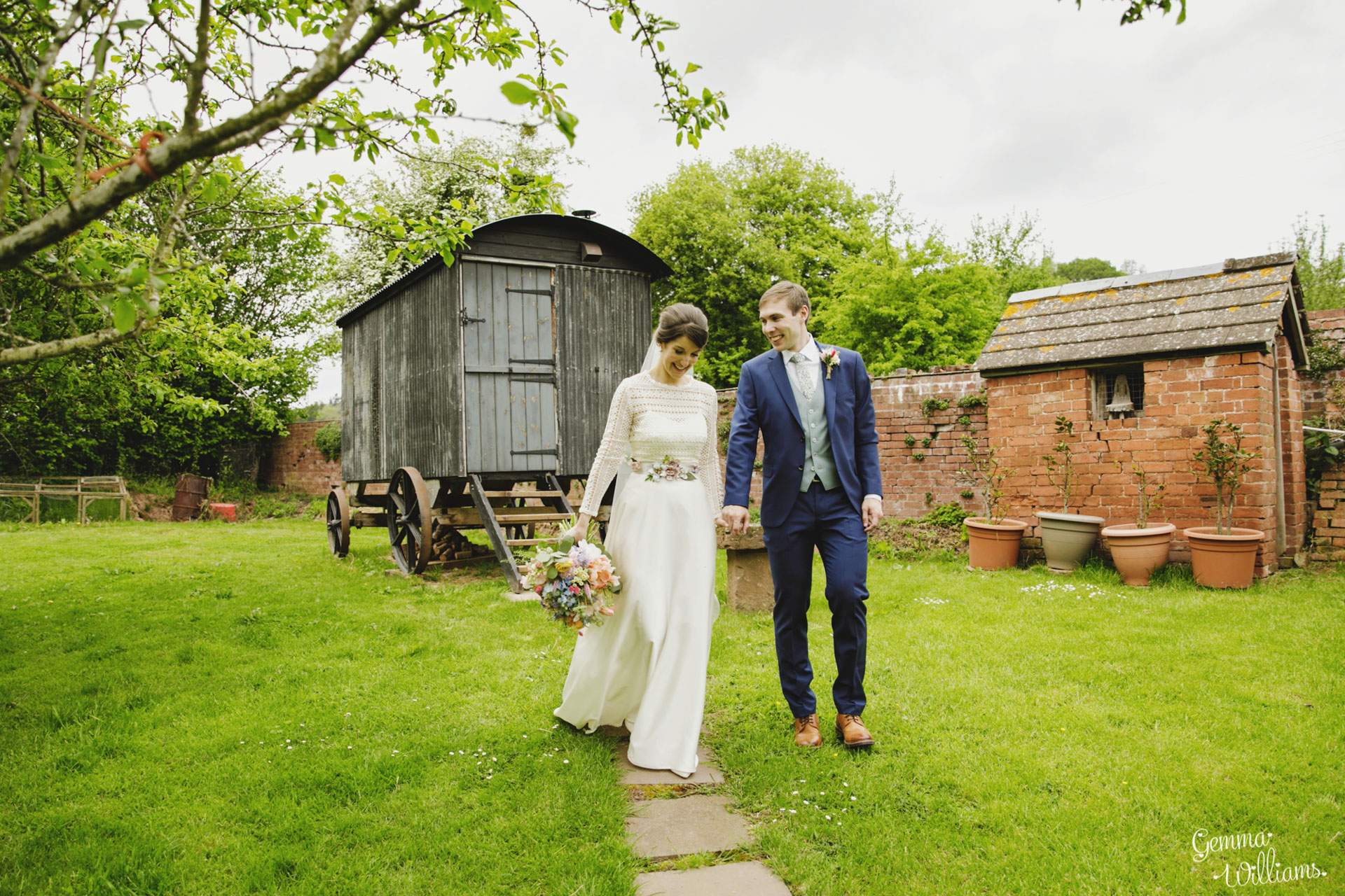 HaybarnWedding_GemmaWilliamsPhoto108.jpg
