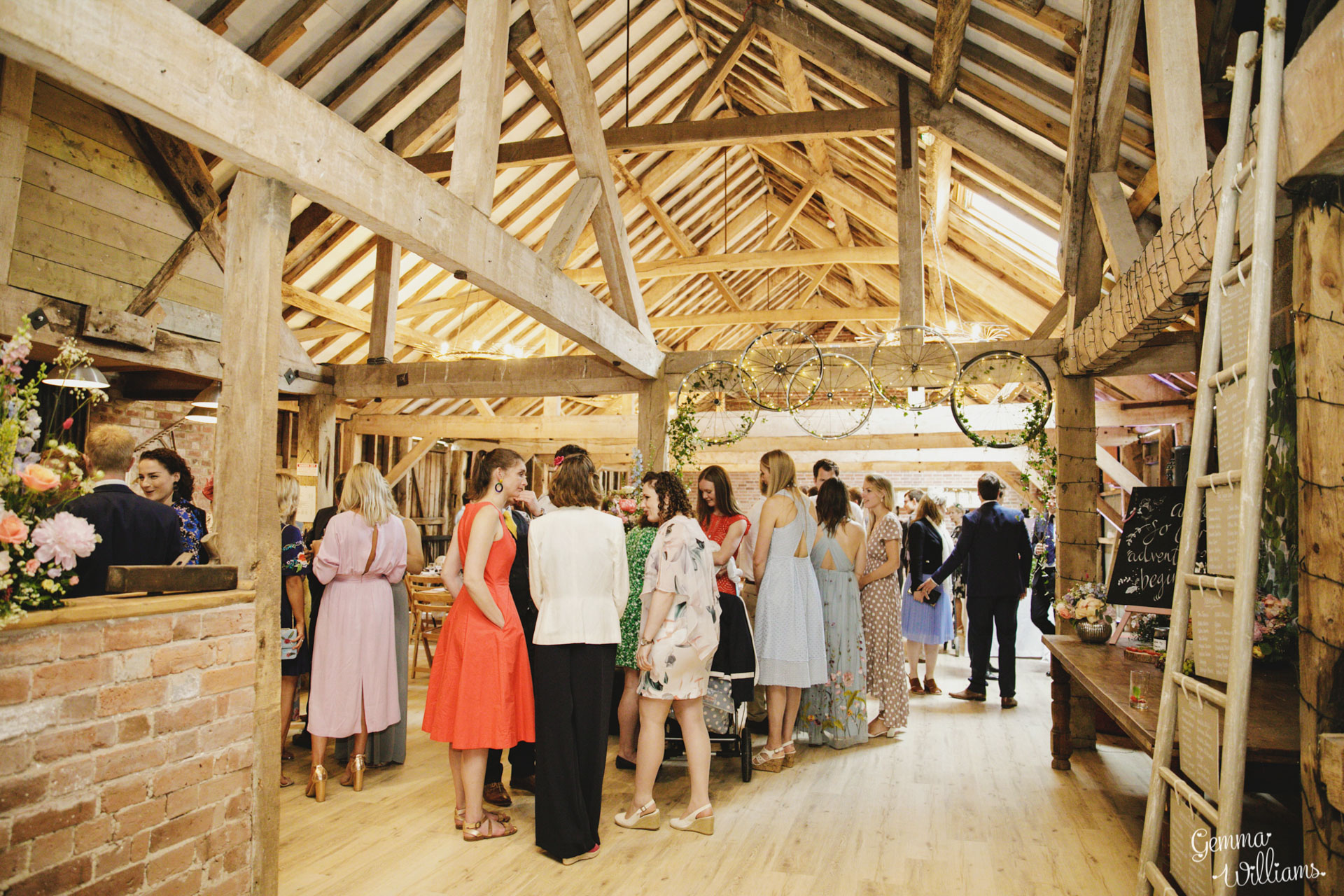 HaybarnWedding_GemmaWilliamsPhoto128.jpg