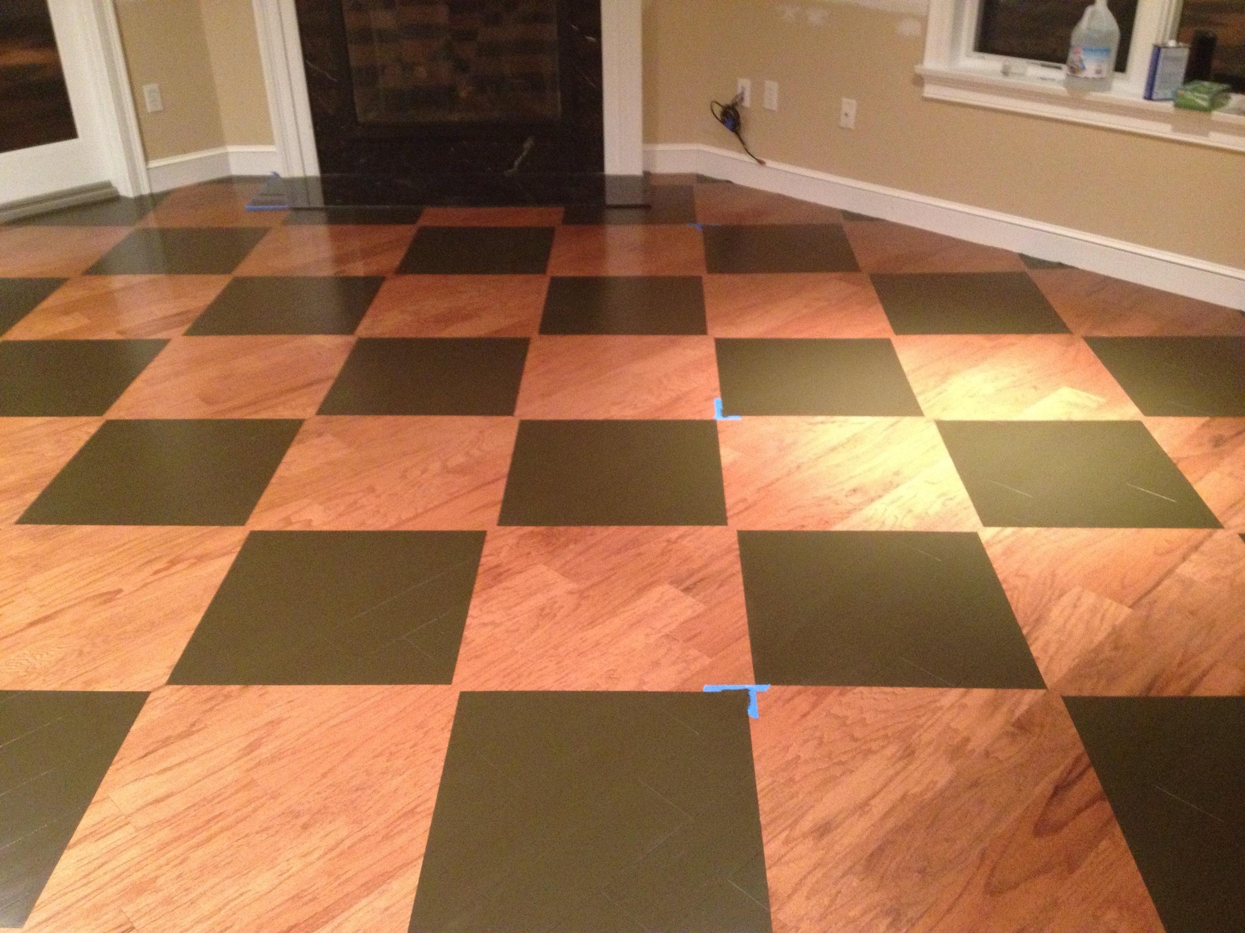 Open kitchen/dining room floor