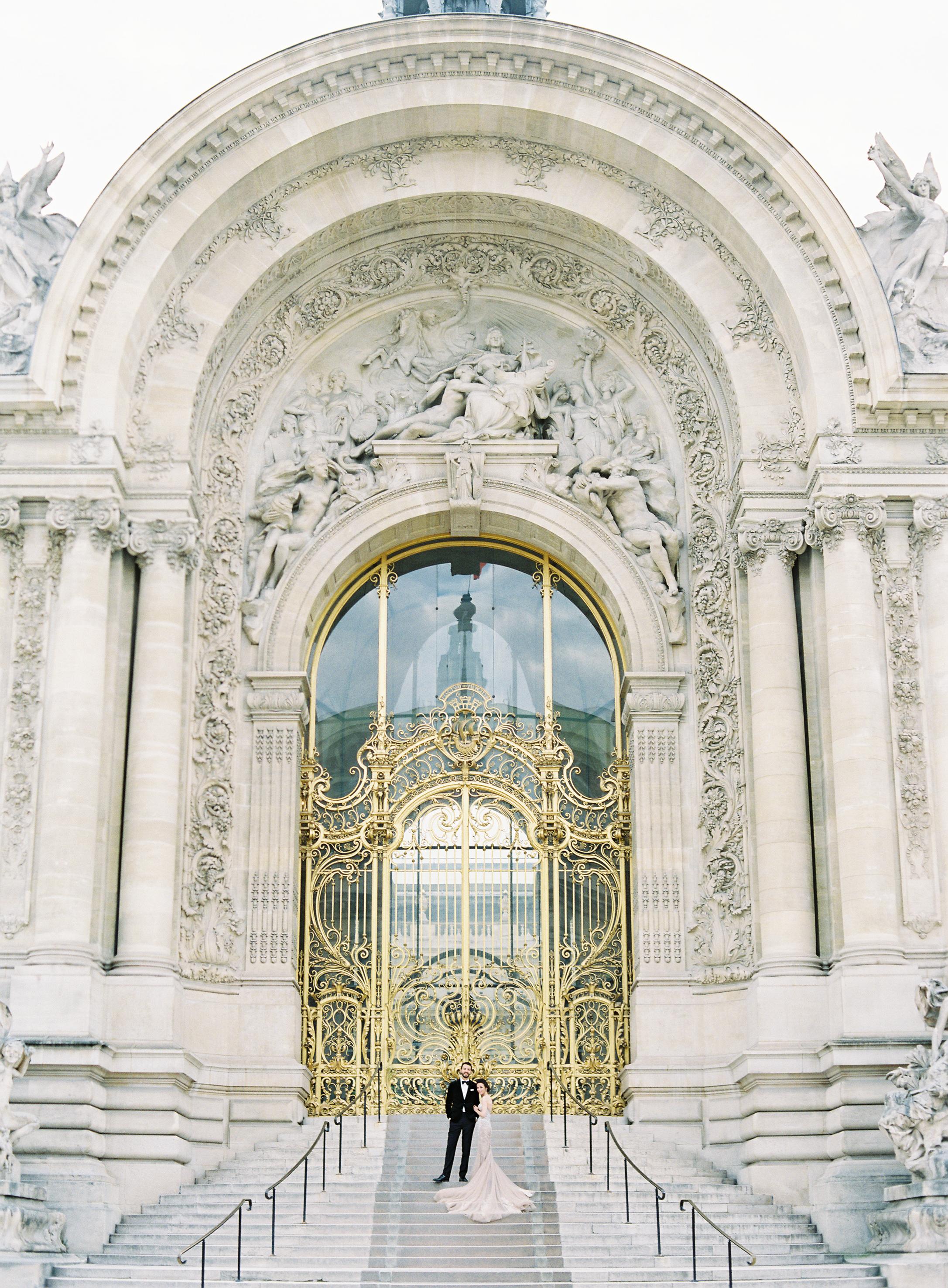 Paris-France-Film-Wedding-Carrie King Photographer-110.jpg