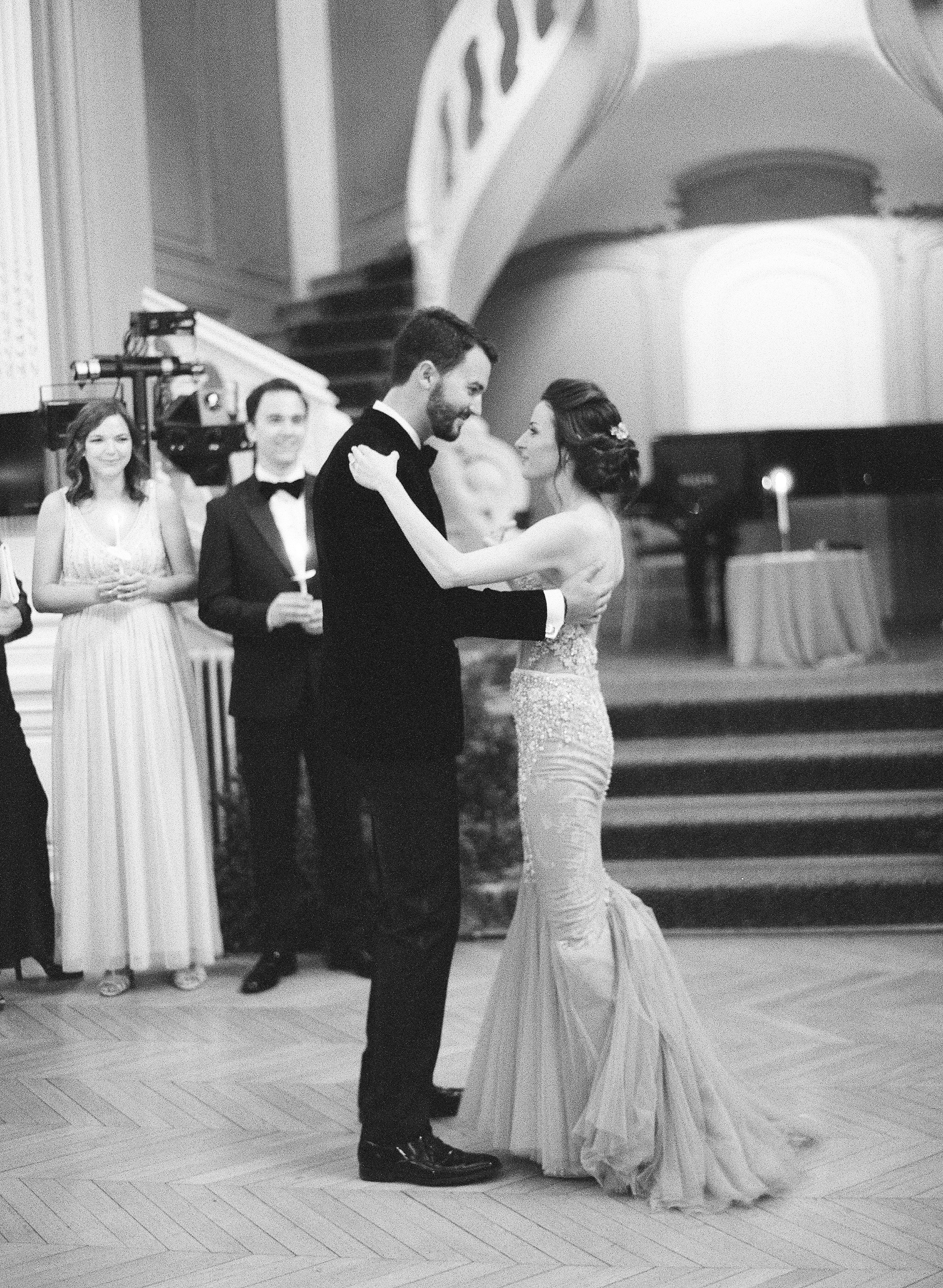 Ellen and Jeremy Wedding-Paris France-Carrie King Photographer-211.jpg