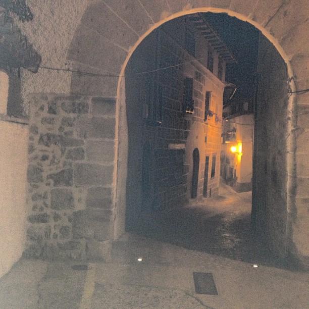portal pilar nocturno fca de solfa.jpg