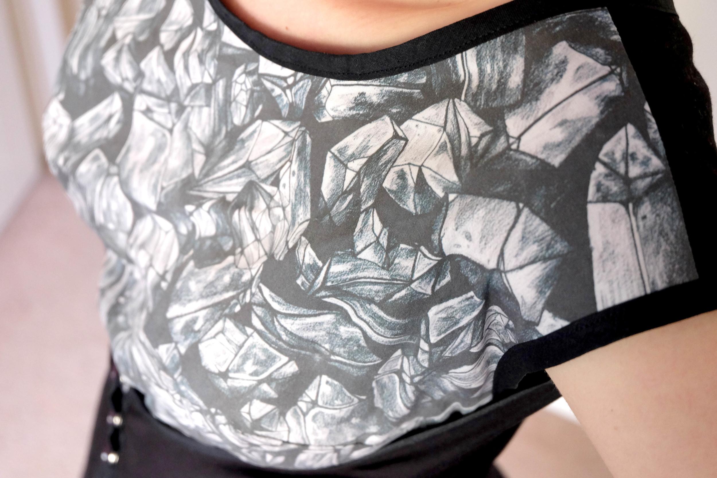 Misses Wrap Dress - bodice detail
