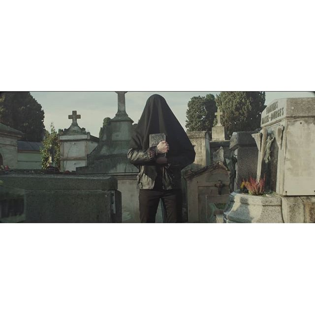 ' Phantasm - Vêtu De Noir ' https://vimeo.com/320520632  #vintagelens #cinematography #makeportraits #lensculture #artofvisuals  #grainisgood #agameoftones #lensporn #colorgrading #filmmaker #filmset #advertising #dark #clip #cemetery