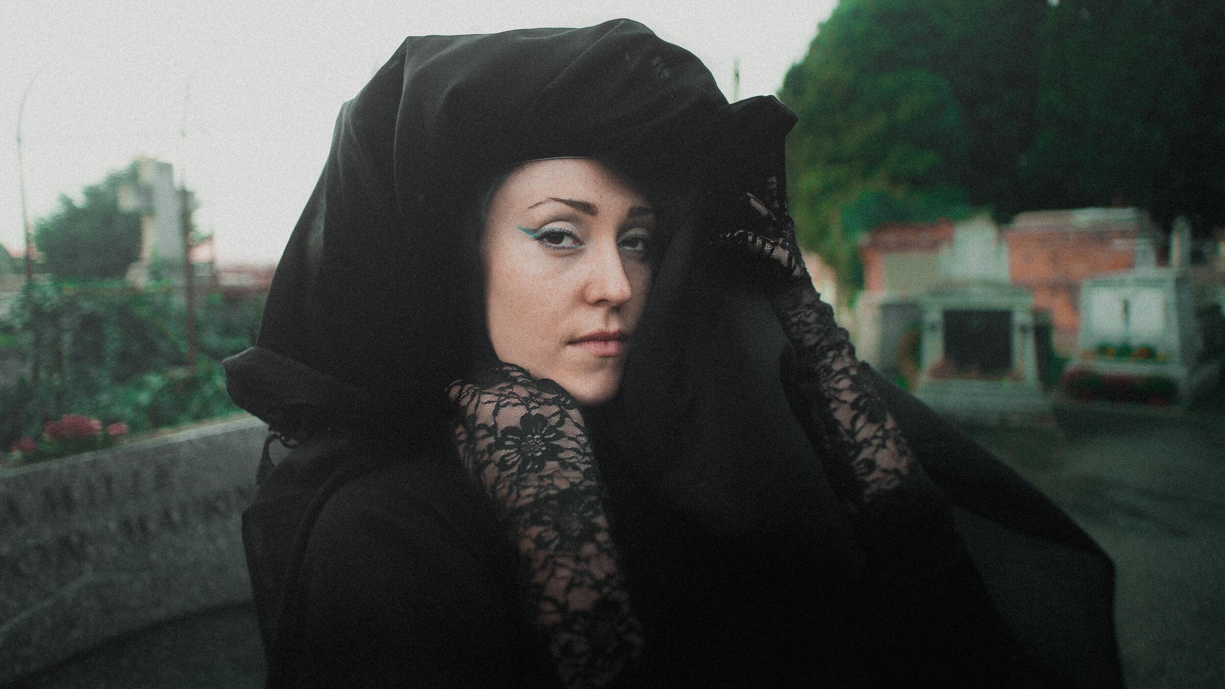 monxy portrait