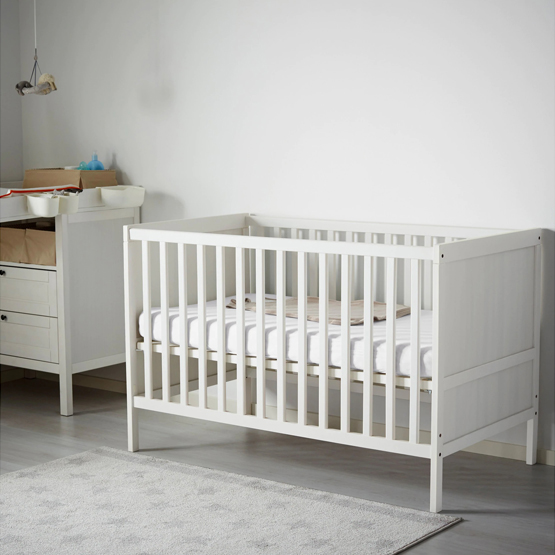 - Versatile, convertible, affordable and can be easily customized. I had zero issues with this crib with Valentina and have a friend who had hers painted to match her nursery. It converts to a toddler bed that is not an eye sore.