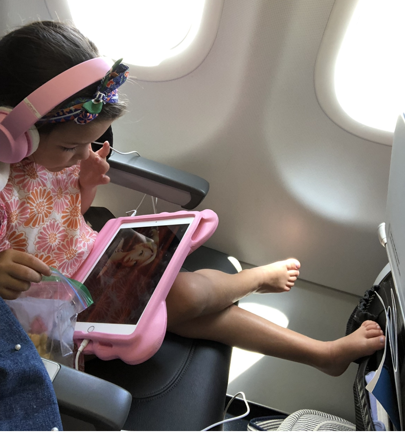 - Gave up on hygiene here clearly, but iPad and goldfish made this flight almost pleasant.