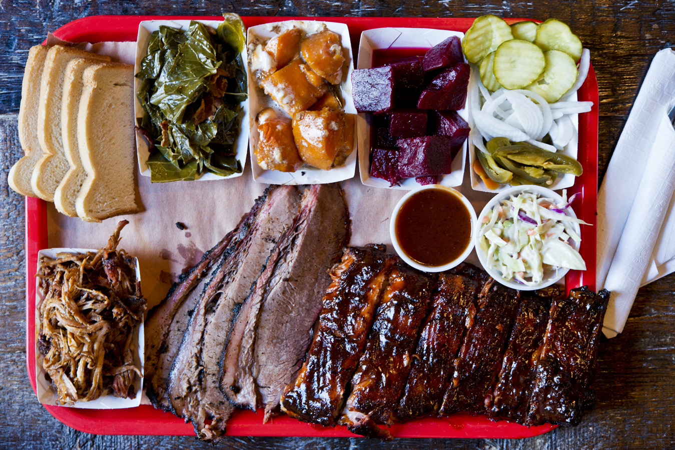 Mable's Smokehouse DeLux Platter