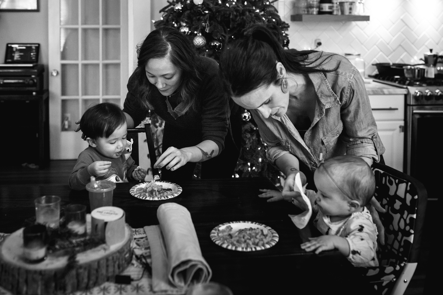 mothers feeding their babies from family documentary photography session in atlanta