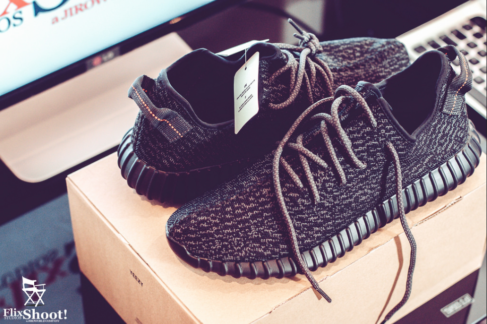 HOT: Yeezy Boost 350