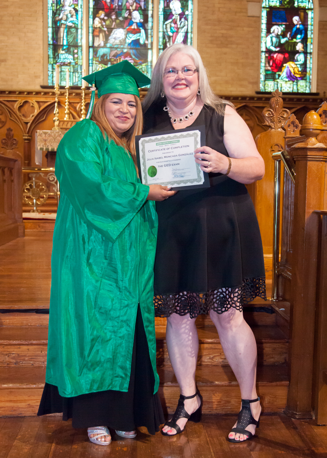 13-Aberg Center for Literacy - June 2019 Graduation.jpg