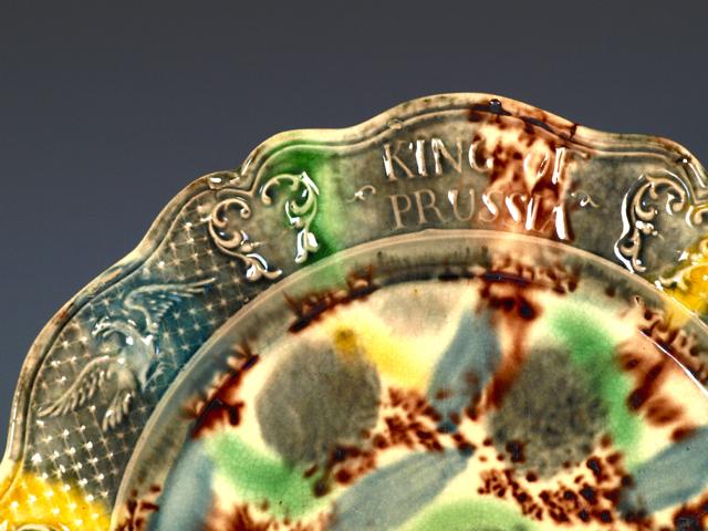 RPW00180 - Staffordshire Tortoiseshell Creamware King of Prussia Plate - 3.jpg