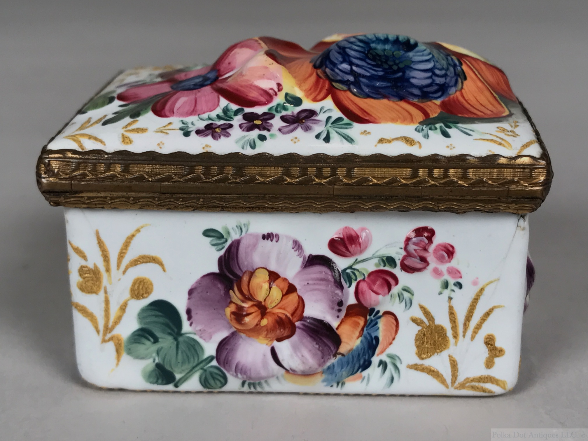 "South Staffordshire (Bilston) Enameled Box and Cover, 1750 – 1780, 2½"" x 2."""