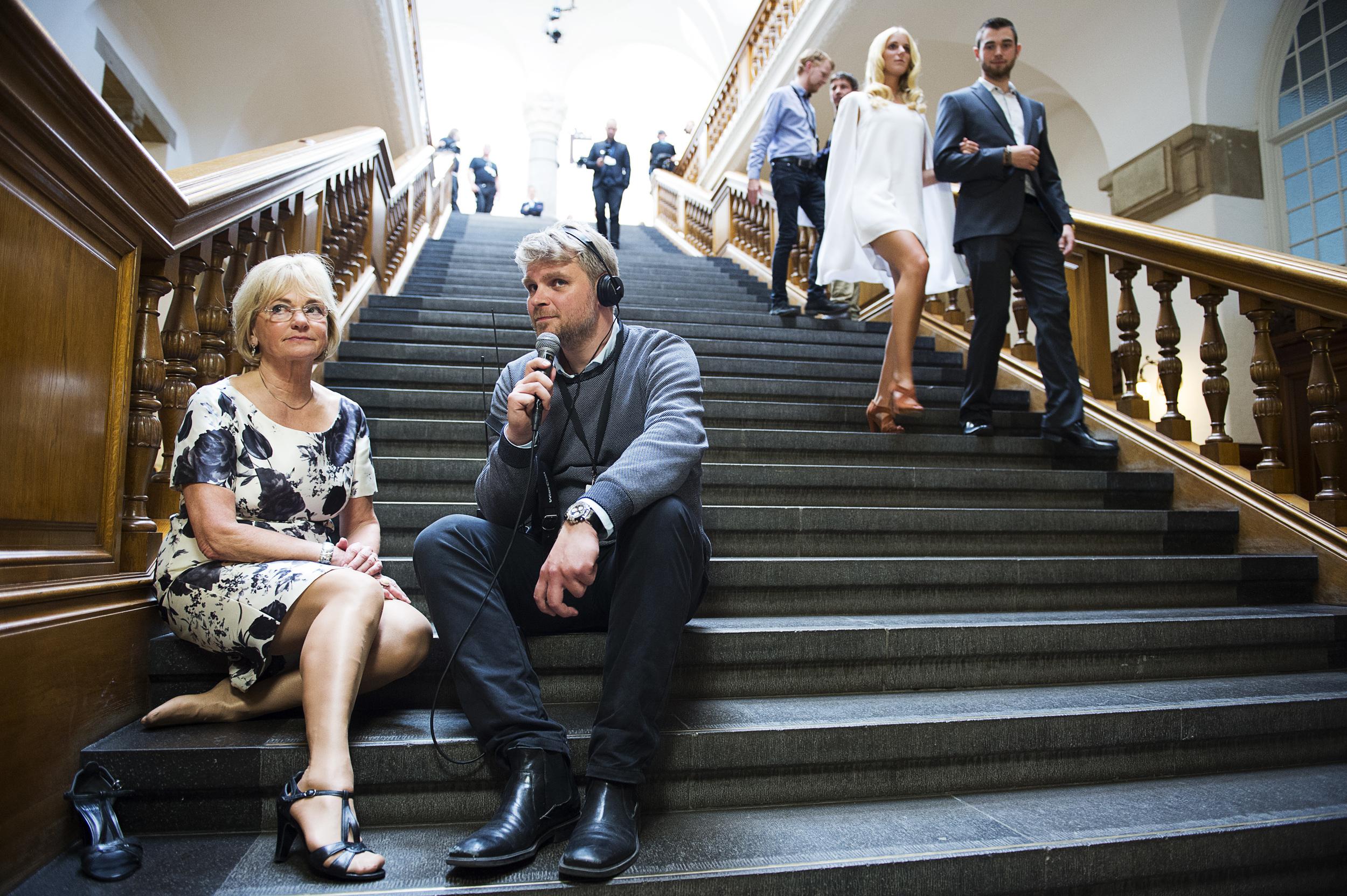 Pia Kjærsgaards fødder skal have et hvil på valgaftenen