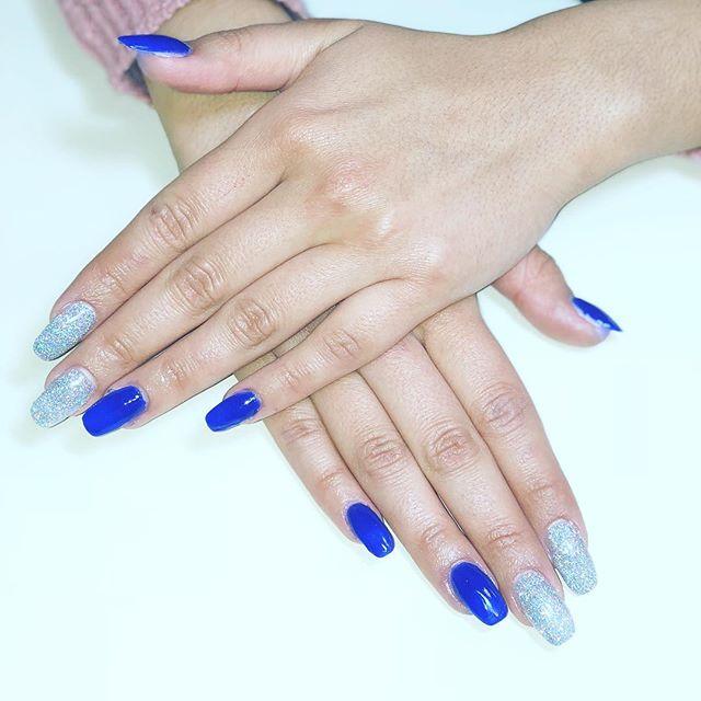 💅🏼Nails by Raquel Vallejo @salon_west . . . . . #nailsbyraquel #nailart #nailprodigy #nailenvy #notd #naildesign #nailgallery #dailynails #nailedit #nailsofig #nailstoinspire #glitter #acrylic #dippingpowder #longnails #nailgame #nailpro #fashionnails #nails #ftwnails #fortworthdaily #fortworthsalon #onlysalonwest