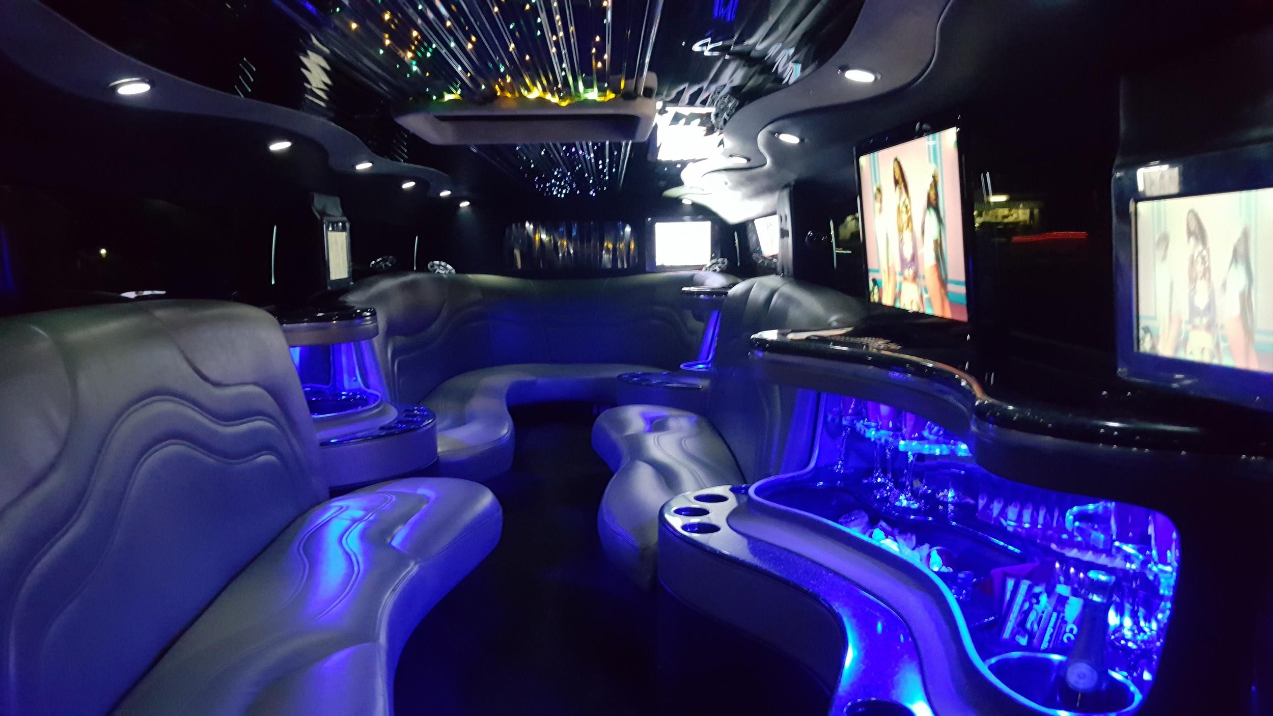 Hummer interior.jpg