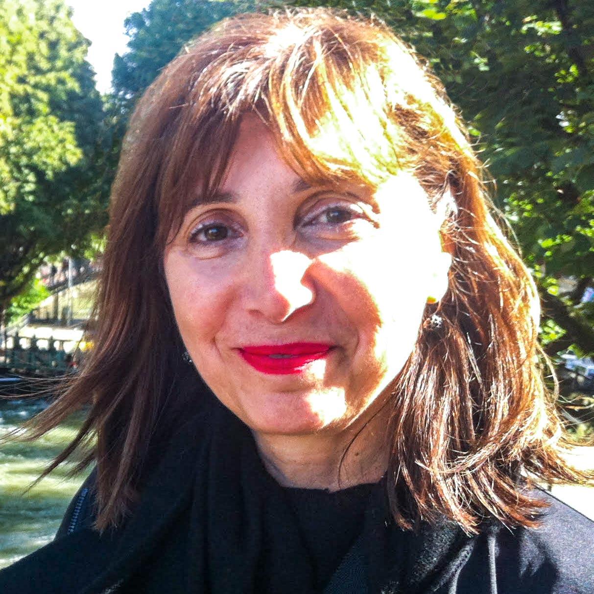 Linda Nicholas, stylist at Lari Manz Hair & Makeup