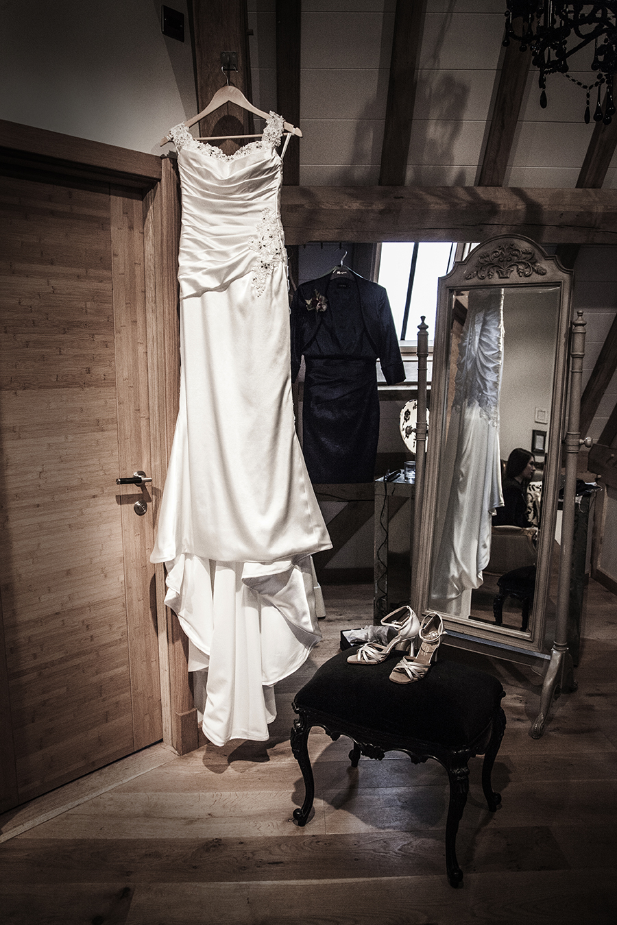 red house barns wedding photography.jpg