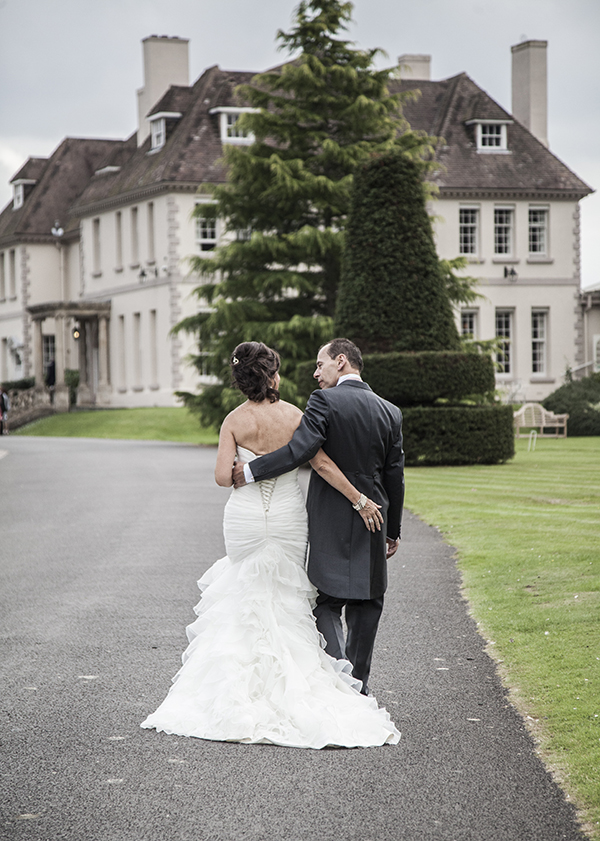 wedding photographer Brockencote Hall worcestershire.jpg
