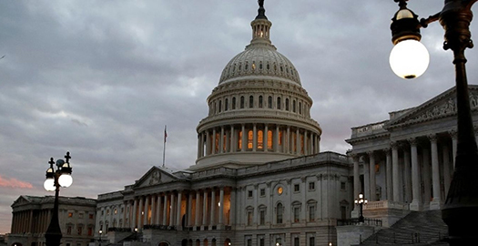 The federal government remains closed on Monday. (Reuters/Joshua Roberts)