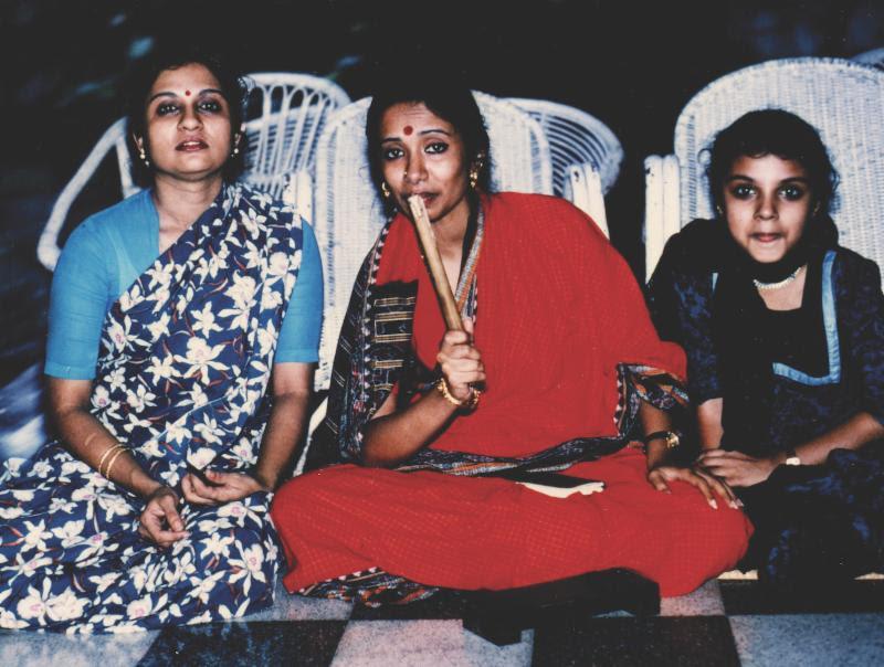 Ranee Ramaswamy,Alarmél Valli and Aparna Ramaswamy at their guru's home in   Chennai, India