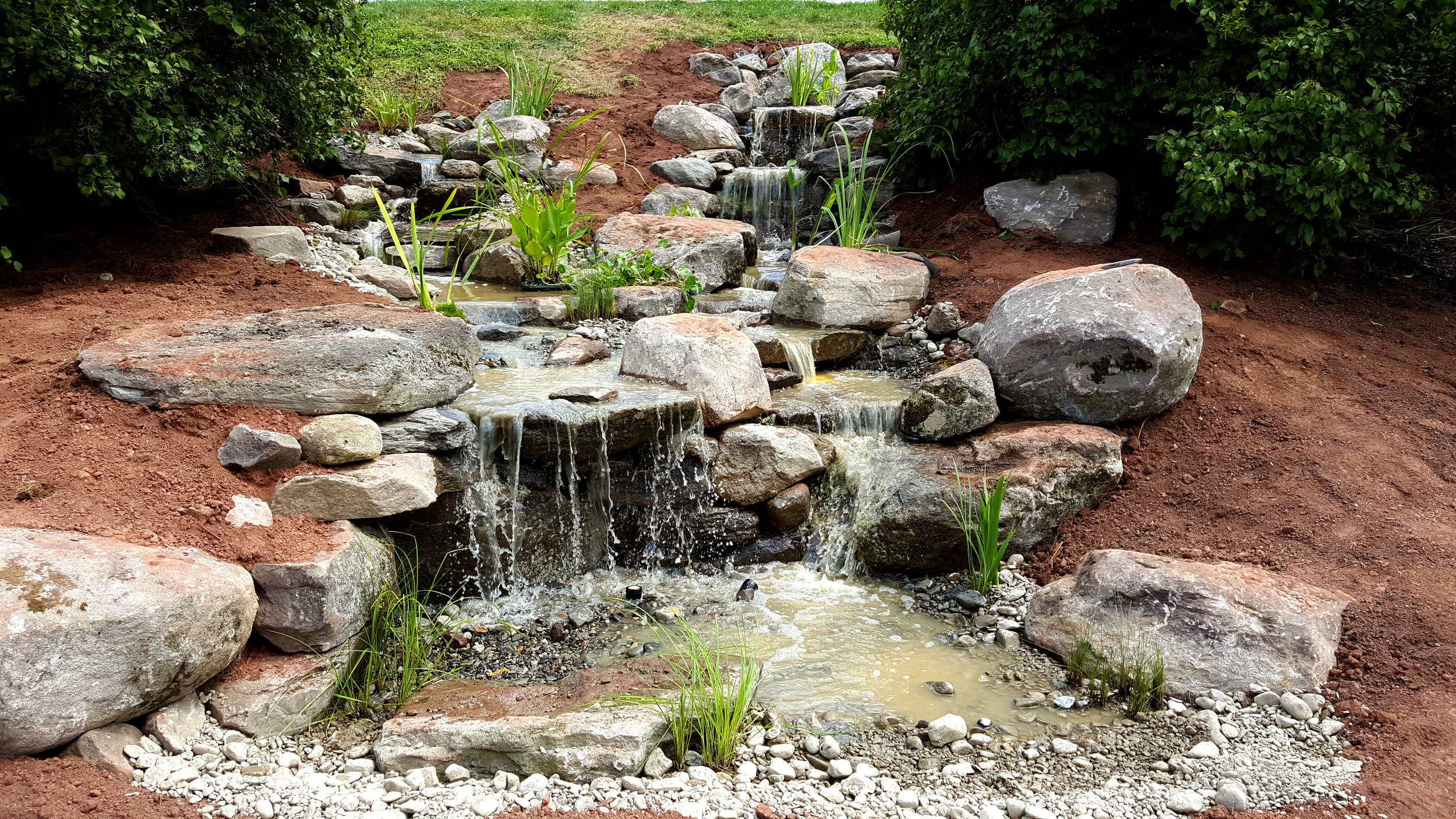 pondless_water feature_waterfall_design build.jpg