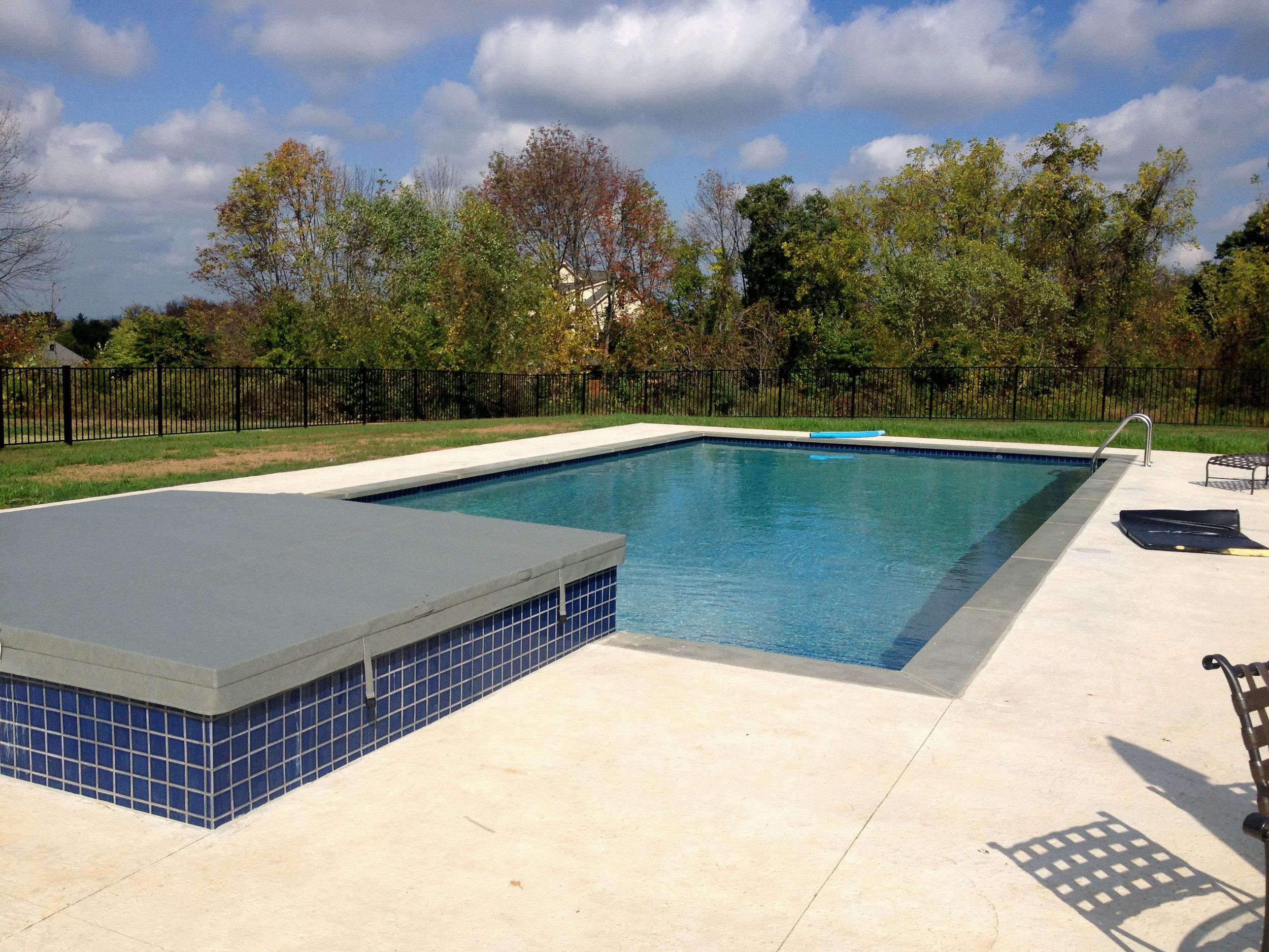 Pondworks_custom_pool_design build.jpg