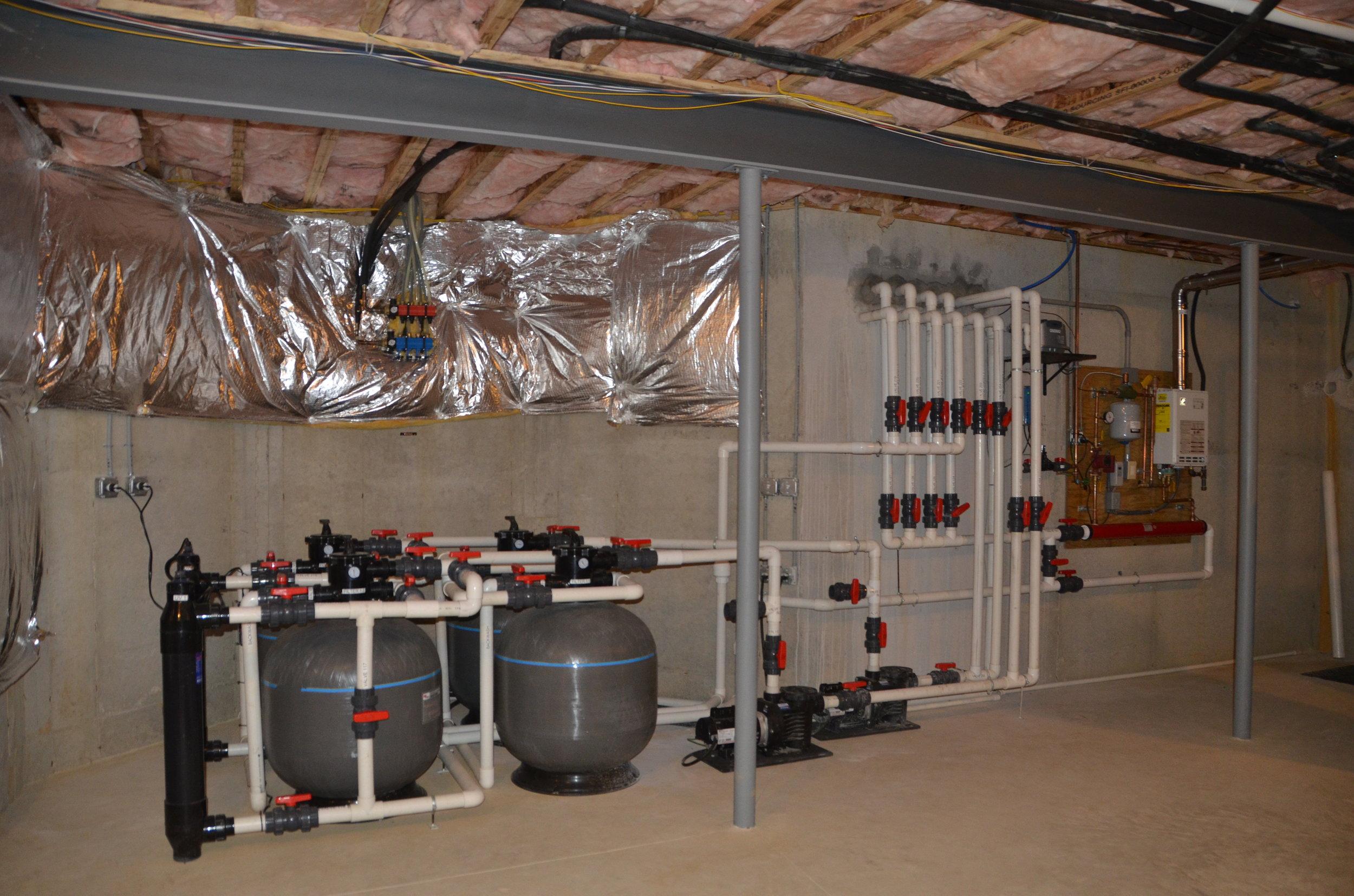 Maintenance_vault_pond plumbing_custom filtration_05.JPG