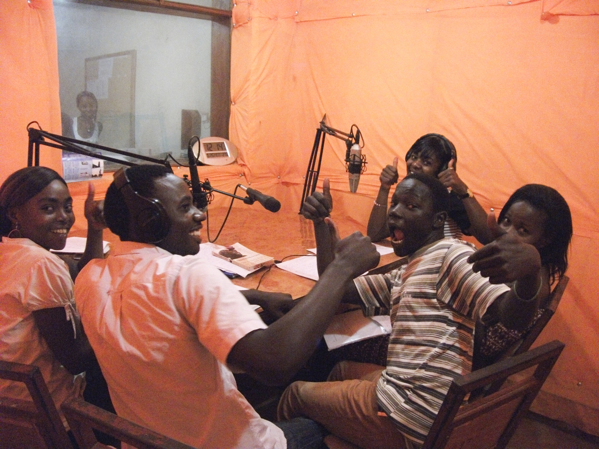 Beni, DRC - Advised university students in research methods to fuel creation of agricultural information radio broadcasts in French and KiswahiliContact for more information