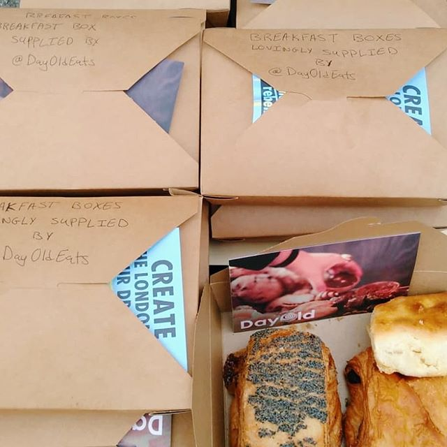 So proud to be supporting @extinctionrebellion by supplying breakfast boxes of delicious surplus pastries, with the help of Food Waste Hero @trampykid 🥐🍞💕 Do you know that over 600,000 tonnes of avoidable waste is produced in the bakery sector every year? Food wastr is not only a major contributor to climate change, but we are facing a crisis in UK where 8 million people struggles to put food on the table - there is urgent nerd for a sustainable food system 🌏 Help support DayOld's fight against food waste and food poverty by ordering a box today or sign up as a volunteer at dayoldeats.com 💚 - - - - - - - - - - #London #UK #Londoner #foodie #londonfood #londonfoodie #londonbylondoners  #sustainable #instagood #charity #foodwaste #socent  #foodpoverty #hunger #extinctionrebellion #NoPlanetB #climatechange #climatestrike #stopfoodwaste #dayoldeats #catering #breakfast #pastries #protest