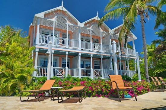The Beautiful Inn & Marina