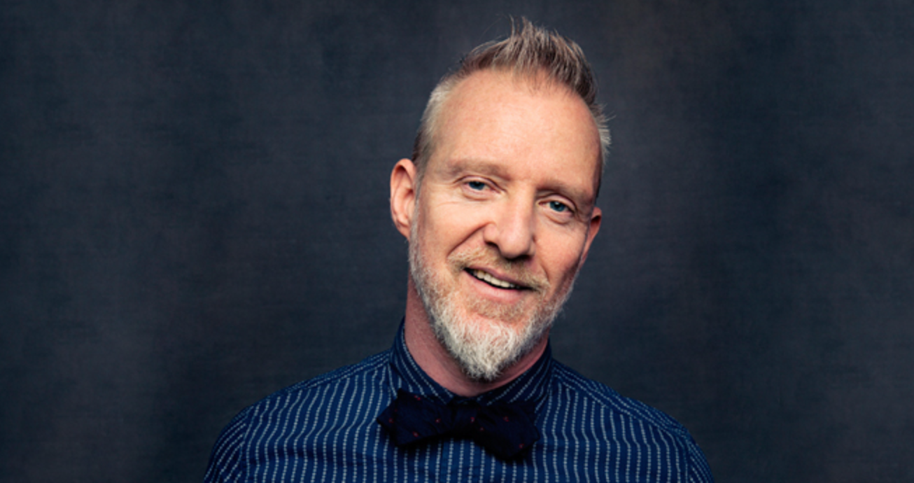 """CHRIS BARRON - Lead singer & songwriter of 90's Pop Legends The SPIN DOCTORS Chris Barron is a true musical troubadour. Chris's songwriting ranges from the pop rock radio classics of """"Two Princes"""" & """"Little Miss Can't Be Wrong"""" to his more stripped down acoustic songs on his latest record"""
