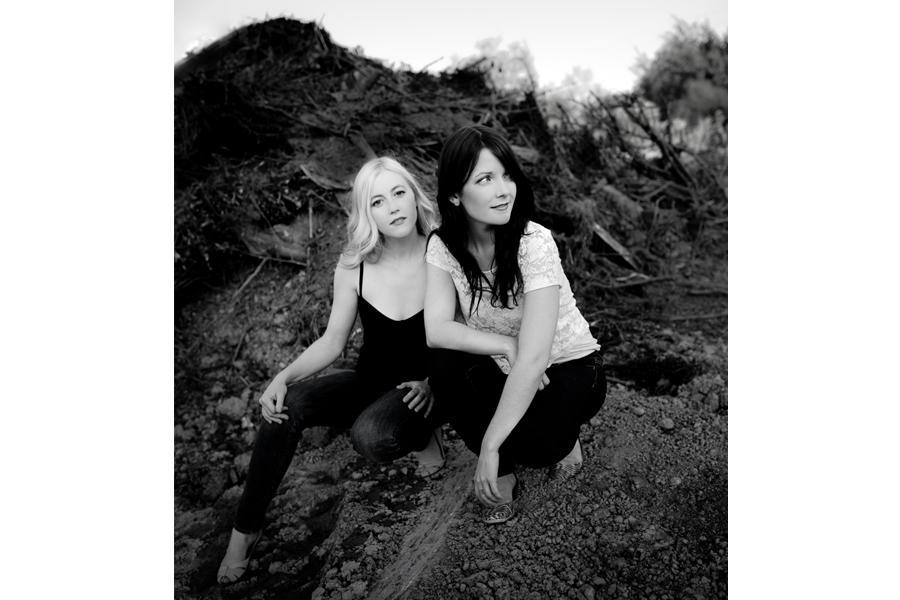 dala_girls_photos_1.jpg