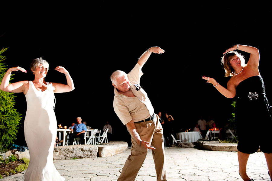 gay_wedding_photos_toronto_backyard-029.jpg