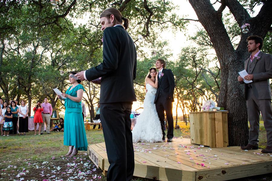 new-braunfels-texas-wedding-photographer-16.jpg