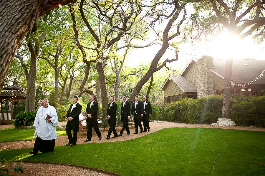 vistas-at-seward-hill-austin-wedding-photos-010.jpg