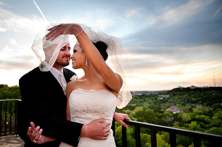 vistas-at-seward-hill-austin-wedding-photos-018.jpg
