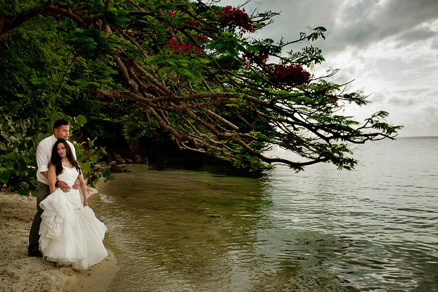 grand-palladium-jamaica-trash-the-dress-photos-olivia-vale-079.jpg