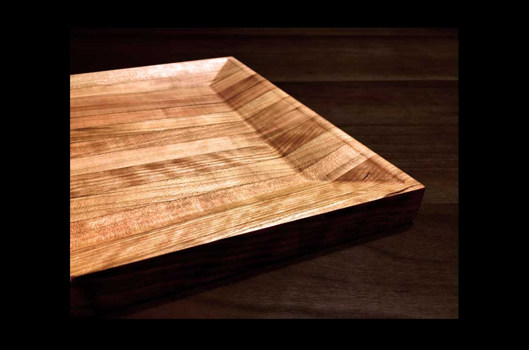 M+R Serving Set    [2016]   M+R is a custom CNC-milled serving set. The set is functionally designed as two serving bowls and a cutting board carved out of a single solid wood butcher block.