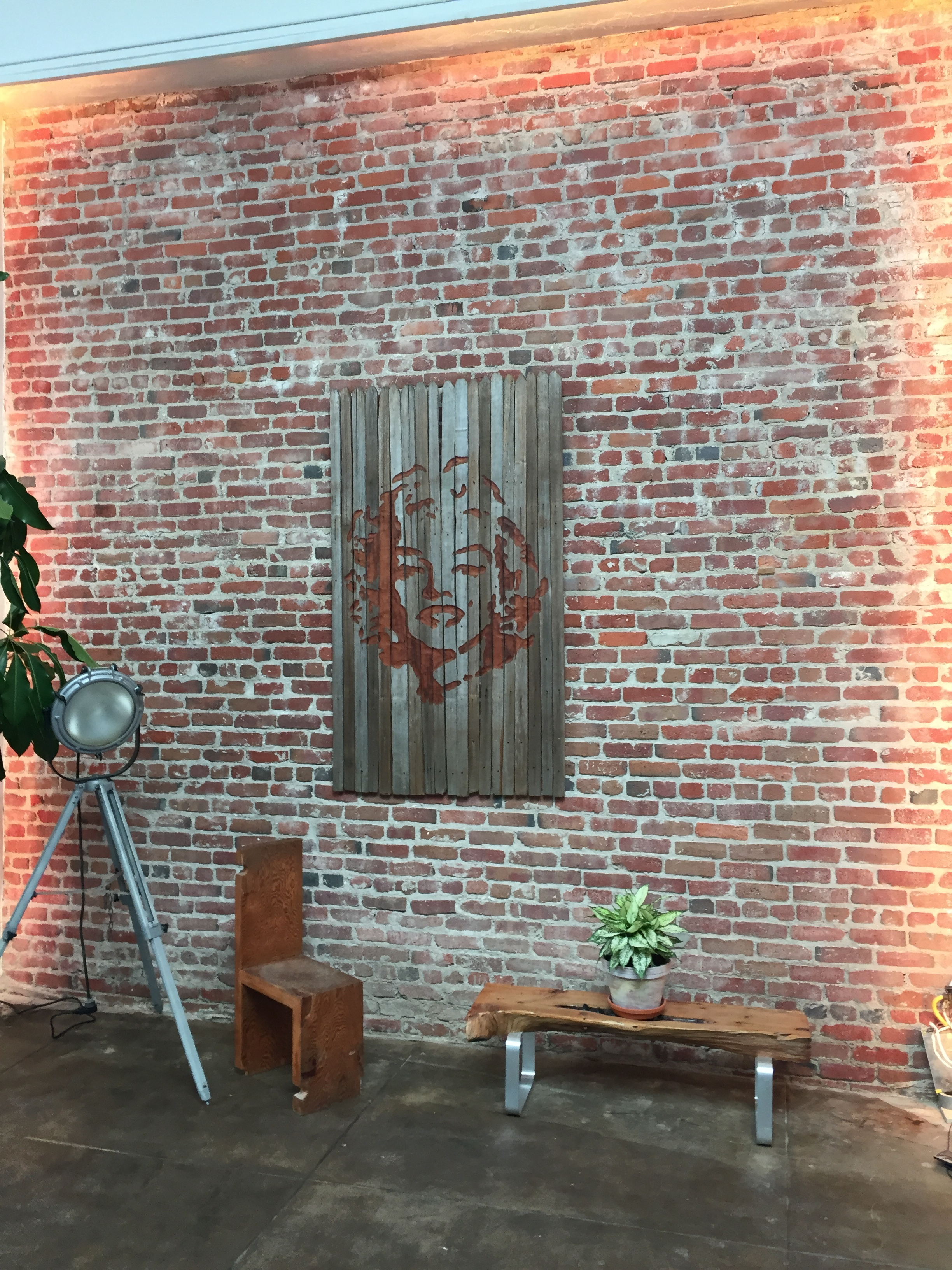 Neyborly Poet's Corner Berkeley: Marylin - Reclaimed Wood - 72 x 40 x 2