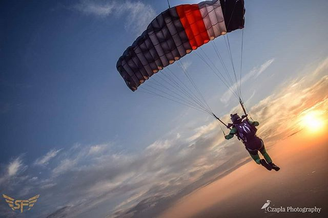 """""""Design a life that you are inspired to live."""" Summerfest Skydive Chicago... www.czaplaphotography.com #skydivearoundtheworld #skydivechicago #sdcsummerfest #jointheteem #skydive"""