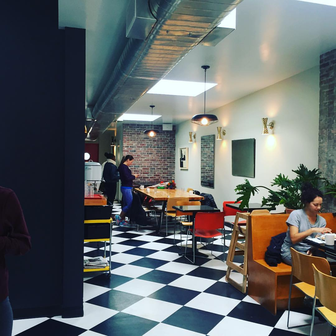 The new Communitea location in Long Island City is so bright and welcoming. Love the new spot!