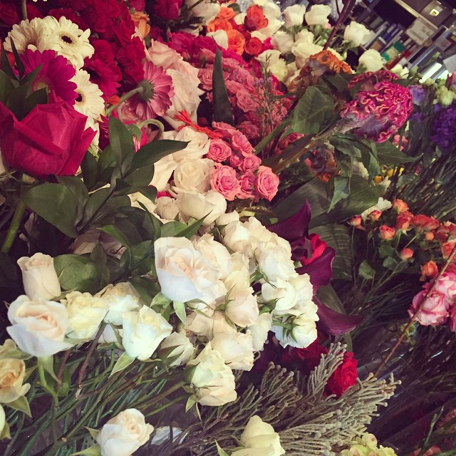Happy Mother's Day, #Queens ! @floresta_nyc    #heartofqueens #longislandcity #flowersfordays (at Floresta NYC)